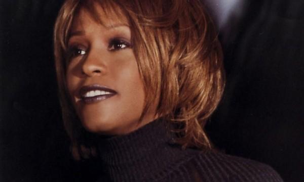 Whitney Houston décedée dans la nuit de samedi à dimanche 12.02 ...